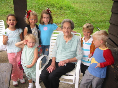 Clarice Zuiker surrounded by great-grandchildren